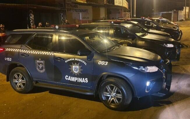 2º noite do toque de recolher: 306 veículos e 430 pessoas são abordadas em Campinas