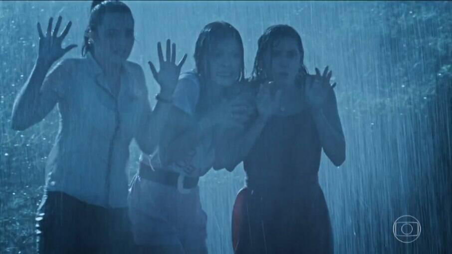 Alexia, Kyra e Luna testemunham crime
