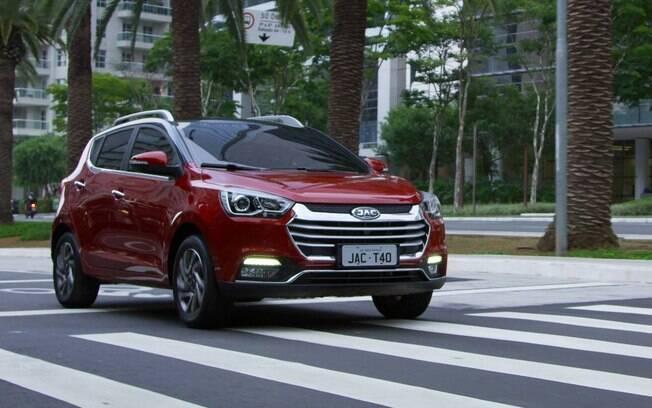 JAC T40 CVT: novo motor 1.6 a gasolina e câmbio automático deram mais conforto  e economia ao modelo chinês