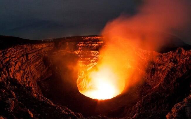 Masaya é um dos vulcões que segue em plena atividade, fica na Nicarágua e é uma das atrações mais populares no país