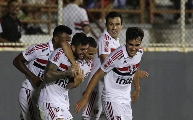 Jogando em Itu, São Paulo contou com gol de Liziero para vencer e garantir vaga na semifinal do Paulista