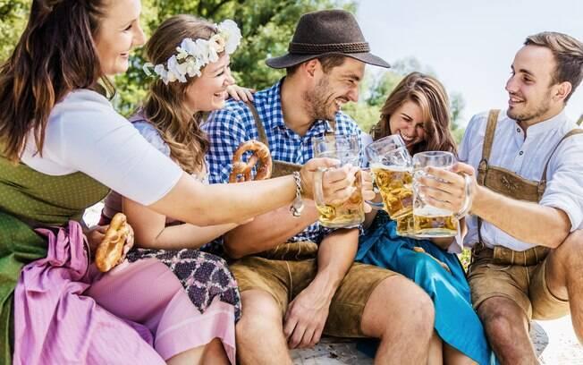 Quaisquer compras que você e seus amigos fizerem no Oktoberfest Blumenau serão pagas com o Oktober Karte