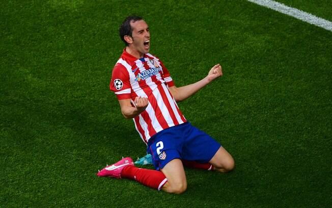 Godin deixou o Atlético de Madri após nove temporadas