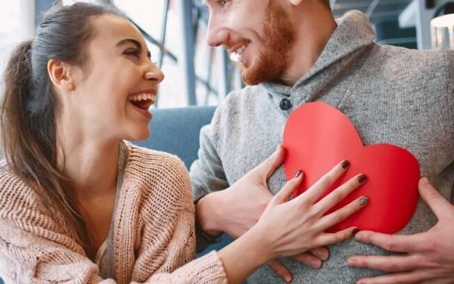 Simpatias para o Ano Novo: se você quer conseguir um par romântico no próximo ano, veja o que fazer