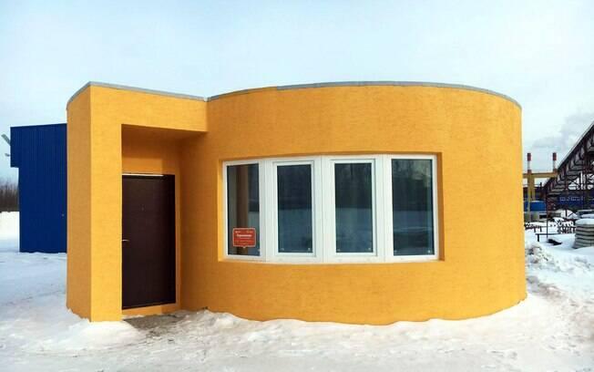 Impressora 3D: O trabalho humano apenas acontece no acabamento, como a pintura, instalação de portas e janelas, e o próprio telhado