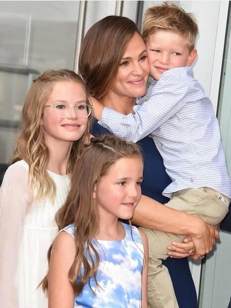 Jennifer Garner e filhos