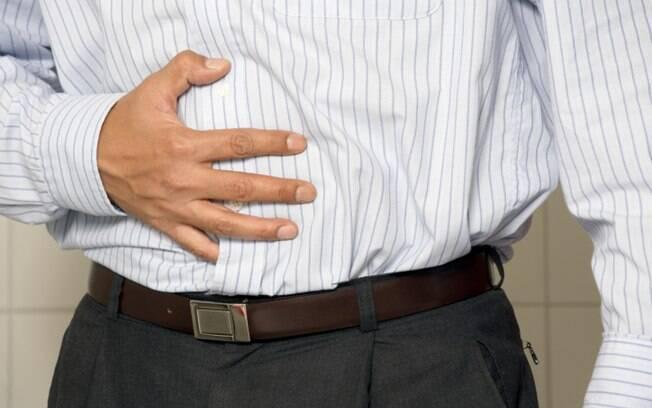 Remédios que curam dor de estômago podem causar colite, uma infecção no intestino que pode ser recorrente