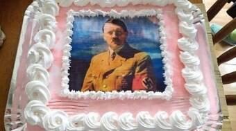 Aluna de História é denunciada por bolo com foto de líder nazista
