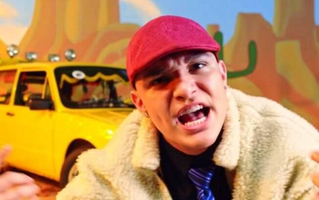 MC Gui em clipe de No Talentinho - com MC Loma e as Gêmeas Lacração - que é inspirado em Mamonas Assassinas