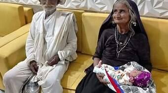 Mulher tem o primeiro filho aos 70 anos após fertilização
