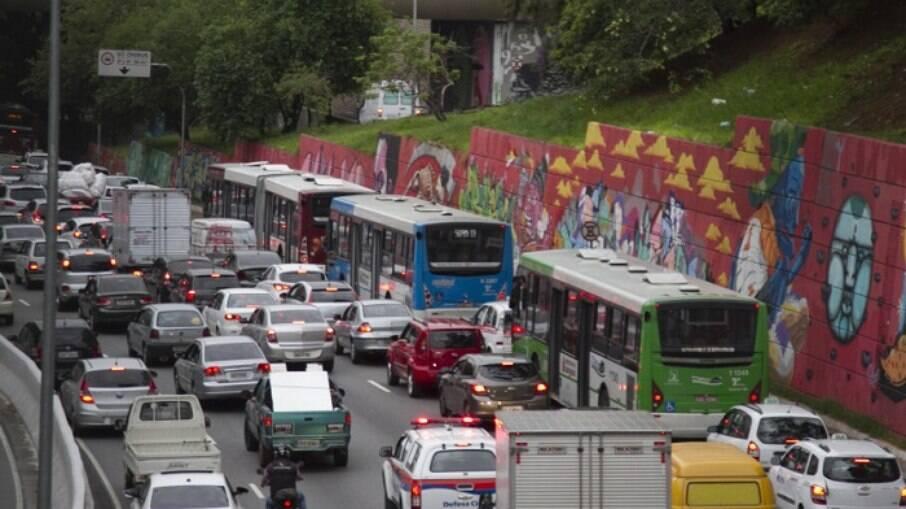 IPVA 2021 em São Paulo já está na placa 6 da primeira parcela do pagamento