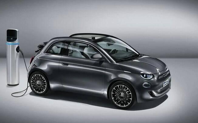 Fiat 500 elétrico da nova geração já está com chegada confirmada no Brasil em 2020