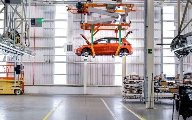 Com fábricas paradas e lojas fechadas, as vendas de veículos caíram bastante e devem ser piores ainda em abril próximo
