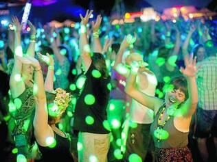 """A música como fonte de prazer é tema de artigo da revista """"Fatores de  Mudança"""""""
