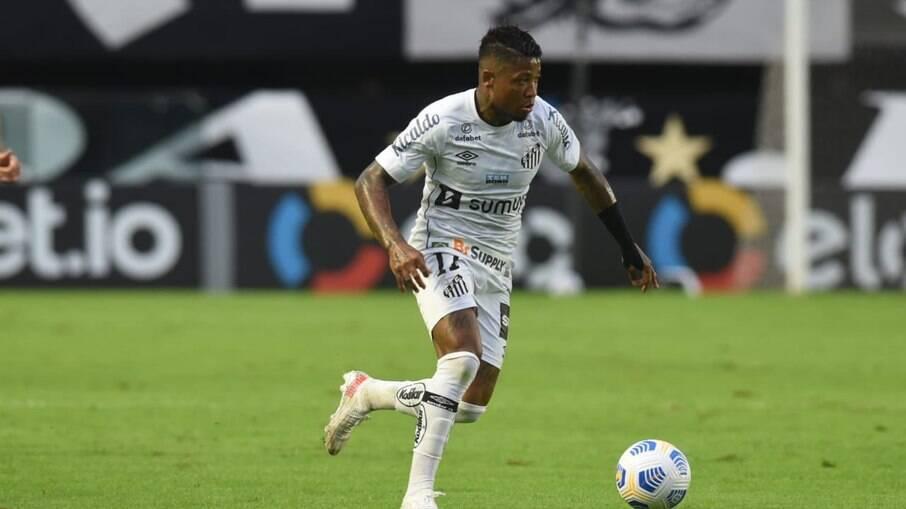 Santos encara o Juventude pelo Campeonato Brasileiro