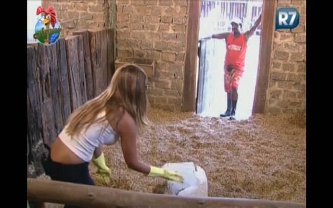Raquel e Compadre conversam sobre o carinho nos animais