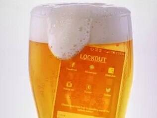 Aplicativo ajuda usuário a não postar bobagens depois de beber