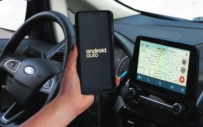 Novo Ford Ecosport, da  linha 2018, passa a ter central multimídia que permite acessar o Waze como sistema de navegação