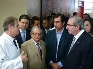 Eduardo Cunha visita o Hospital Napoleão Laureano
