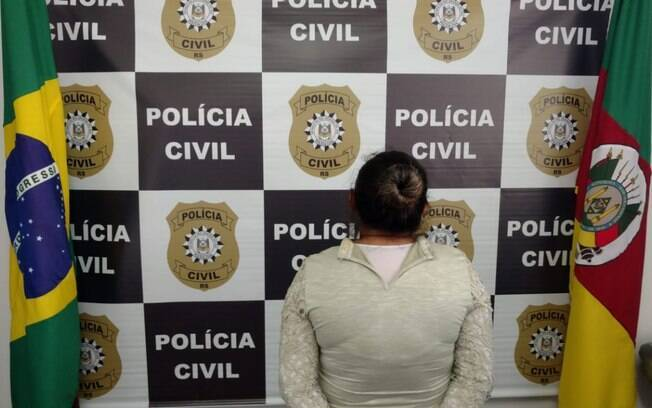 Mãe que permitia o estupro da filha de nove anos foi presa pela Polícia Civil em Passo Fundo