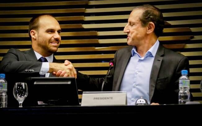Eduardo Bolsonaro pede apoio de empresários, como o presidente da Fiesp, Paulo Skaf, para virar embaixador em Washington