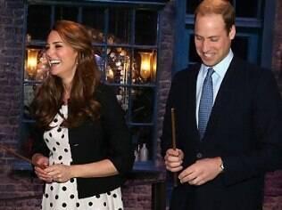 Kate Middleton e Príncipe William aguardam a chegada do primeiro filho