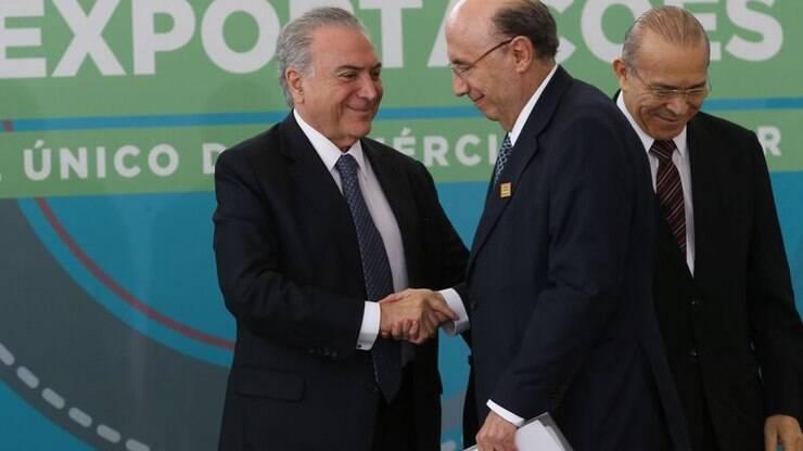 Após resultado do PIB, Temer afirma que Brasil saiu da recessão