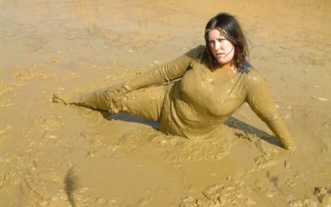 A lama é uma das coisas que os adeptos gostam de usar para se lambuzar