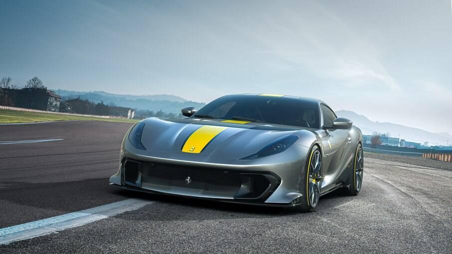 Ferrari 812 Superfast: potência de sobra, parte aerodinâmica aperfeiçoada, entre outras melhorias