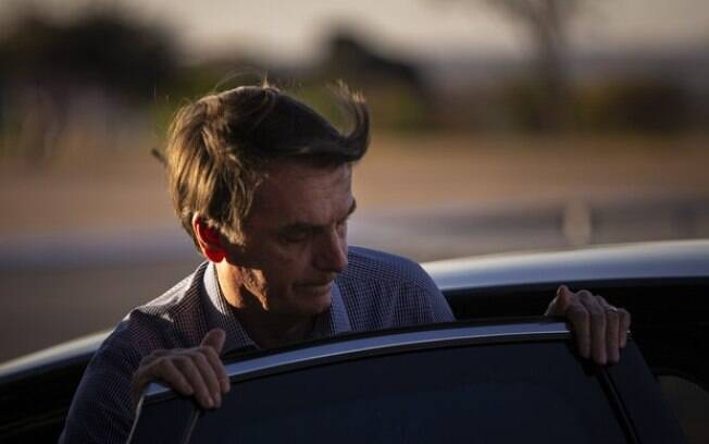 Carro usado por Bolsonaro nos EUA era blindado; foi a primeira vez que um presidente fez tal pedido