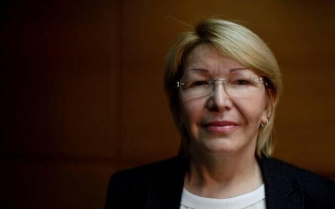 Luisa Ortega Díaz, ex-procuradora da Venezuela, diz estar sendo perseguida por agentes do governo