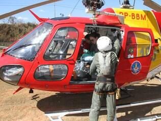 O piloto precisou ser socorrido pelo helicóptero Arcanjo, do Corpo de Bombeiros