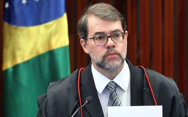 Defesa de Paulo Bernardo comemorou a concessão de liberdade e elogiou ação de Toffoli