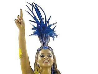 Desmentido. Após polêmica sobre boatos de que deixaria a frente da bateria da Unidos da Tijuca, Juliana Alves garante que não tem problemas com a escola