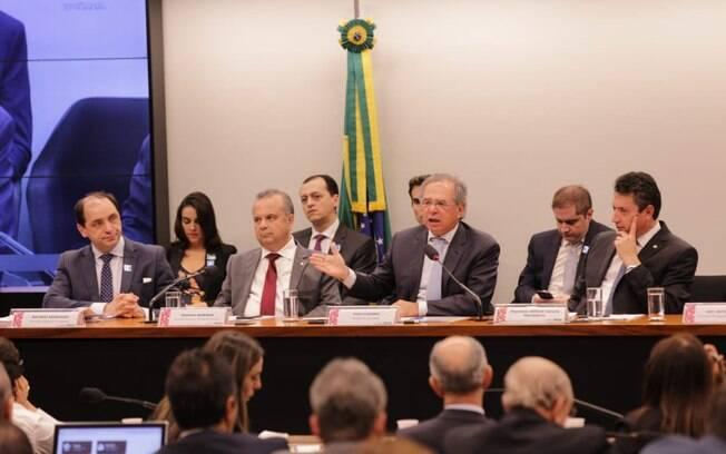 Tramitação da nova Previdência foi marcada pela influência do ministro da Economia, Paulo Guedes