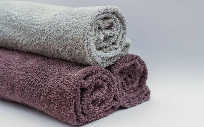 Lavar todo dia a toalha de banho é realmente necessário para deixá-la limpa? Quais recomendações devem ser seguidas?