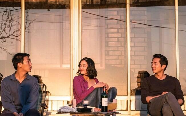 Cena de Em Chamas, um thriller psicológico cheio de reminiscências
