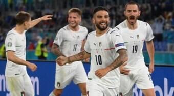 Itália domina a Turquia e estreia com vitória por 3 a 0 no torneio