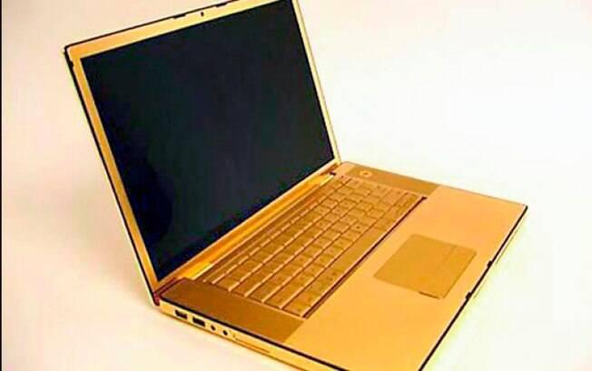 Sem ter suas configurações alteradas, a empresa Computer Choppers simplesmente banha produtos da Apple em ouro.