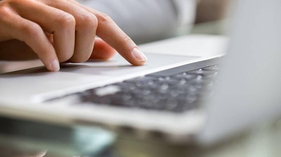 Acesso à internet ainda é limitado no Brasil