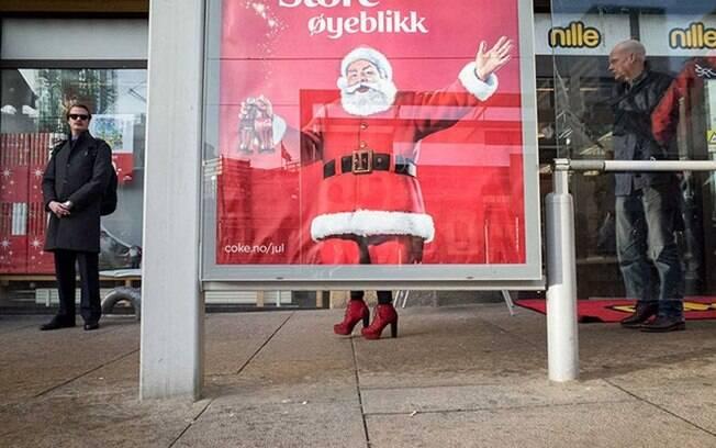 Propaganda em ponto de ônibus