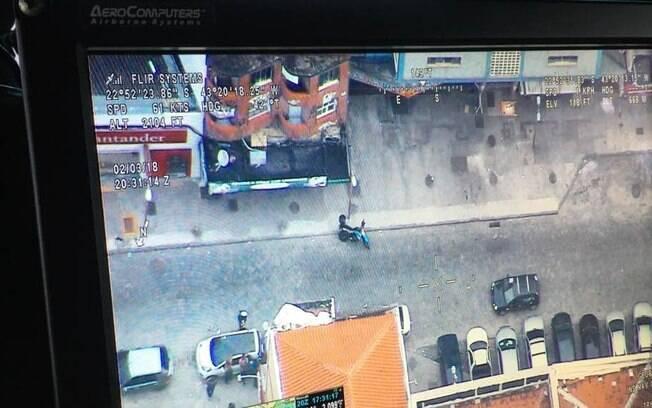 Assalto no Rio de Janeiro terminou com a prisão de quatro participantes da tentativa de roubo, por volta da 19h