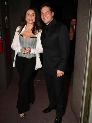 Marisa Orth e Daniel Boaventura vivem Mortiça e Gomez Addams, respectivamente, no musical