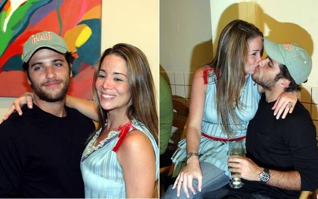 Danielle Winits e Bruno Gagliasso ficaram noivos em 2004. O amor era tanto, que a atriz fez uma tatuagem em homenagem ao ator e até chegou a marcar a data do casamento