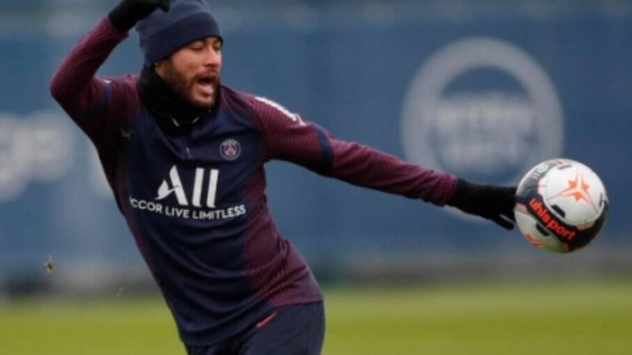 Neymar deve renovar com PSG