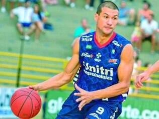 Valtinho é um dos principais e mais experientes atletas do Unitri