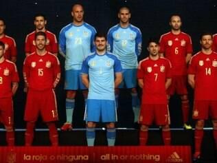 Fúria divulgou o uniforme para a Copa do Mundo nesta quarta