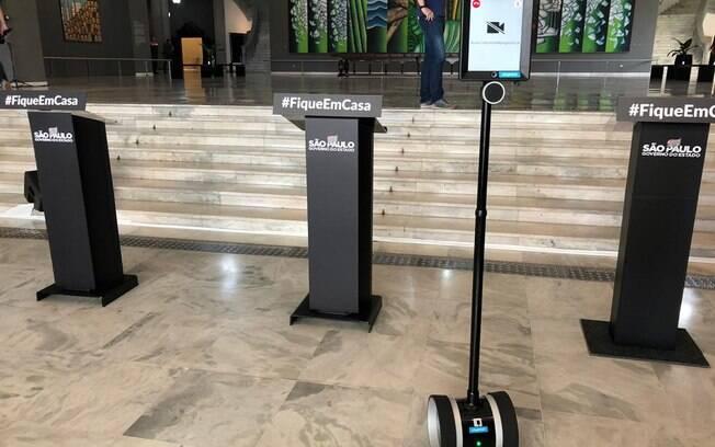 O estado de São Paulo vai testar robôs de telepresença como parte de um projeto-piloto de atendimento durante a pandemia do novo coronavírus