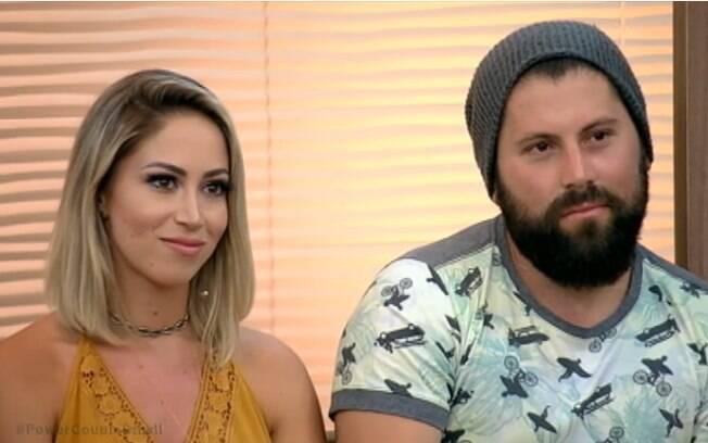 Carol Narizinho e Mateus Boeira terminaram o relacionamento depois do