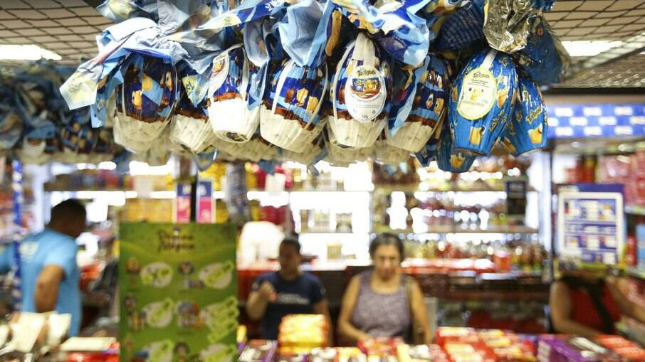 Entre os ovos de Páscoa, a maior diferença encontrada foi de 50,48% no Ferrero Rocher de 225 g